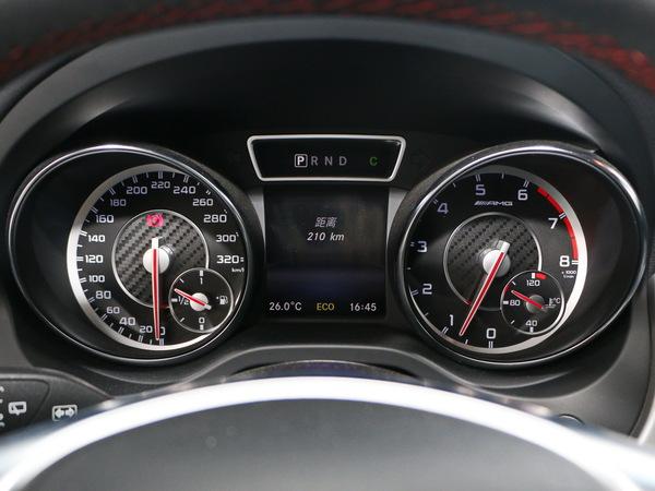 奔驰-AMG  AMGAMG 仪表盘