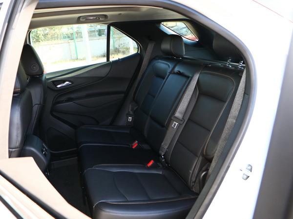 雪佛兰  535T 第二排座椅