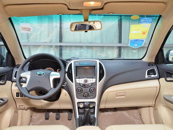 全新比亚迪F3到店 推出零首付购车方案高清图片