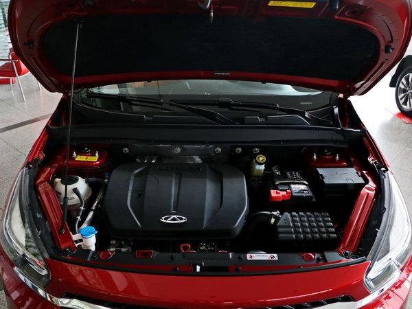 奇瑞汽车 2.0l 发动机舱