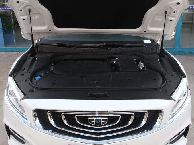 吉利汽车  1.5T MHEV 发动机舱