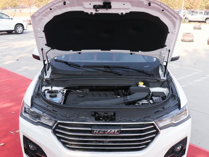 哈弗汽车  乐享版 1.5T 发动机舱