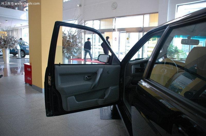 志俊2008款 1.8l 手动舒适型座椅空间图片(67/71)_车