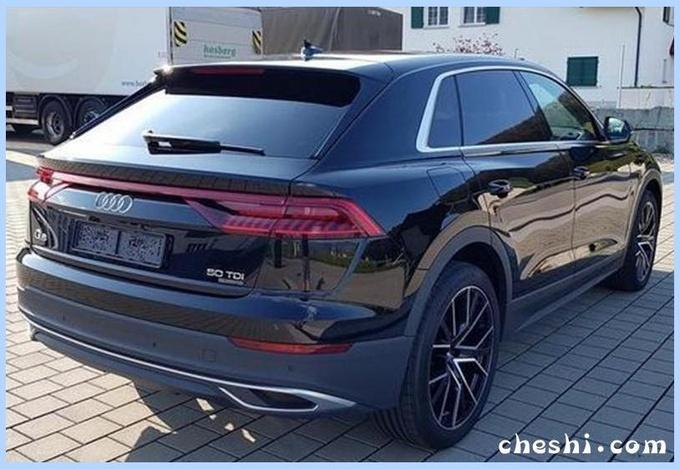 奥迪Q8轿跑SUV街拍曝光 配无框车门/58万元起售-图4
